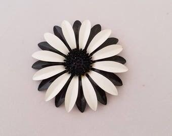 Black and White Daisy Enamel Brooch