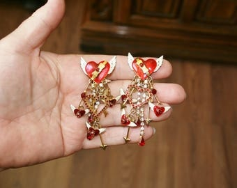 Free USA Shipping  Lunch At The Ritz Winged Hearts Clip Earrings!