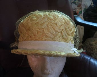 vintage womens  1950s Yellow straw  with netting   bucket hat by Sears Millinery