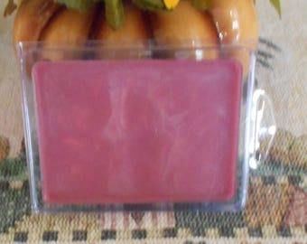 Berry Bramble type Scented Break Away Melts in Clam Shell, Soy, to use with Candle Melt Warmers, Pink