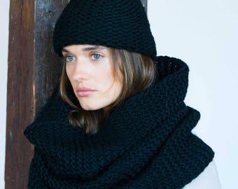 50% SALE NEW Infinity Scarf / Chunky Knit Scarf / Winter Shawl / Loop Scarf / Wool Scarf / Extra Large Scarf / marcellamoda k - MA795