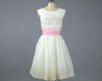 Vintage 1950s 60s Dress, 1950s Prom Dress, Floral Party Dress, 50s Party Dress, Small