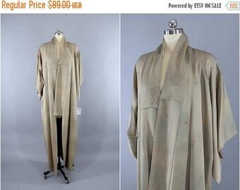 SALE - 1960s Vintage Silk Kimono Robe / Wedding Dressing Gown Lingerie / Downton Abbey Art Deco / Taupe