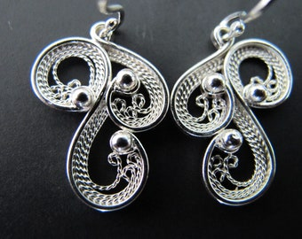Deconstructed Treble Clef Argentium Sterling Silver Filigree earrings