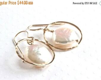 Gold Circle Earrings, Natural Pearl Earrings, Baroque Pearl Earrings, Freshwater Pearl Drop Earrings, Gold Filled Jewelry, Artisan Jewelry