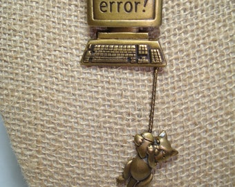 Vintage JJ Brand MOUSE ERROR Antiqued Gold Computer Cat and Mouse Pin.