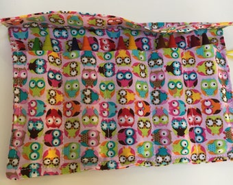 crayon roll with crayons owls