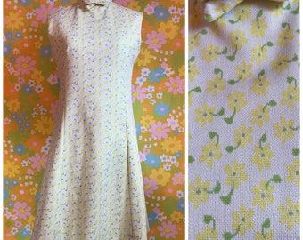Vintage 1960's Green Yellow Flower Power Polyester A Line Sleeveless Mod Scooter Mini Dress Medium M