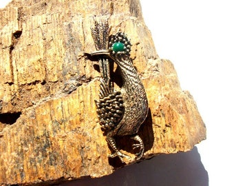 Roadrunner Brooch Ambassador Vintage Costume Jewelry Antiqued Gold Bird Pin