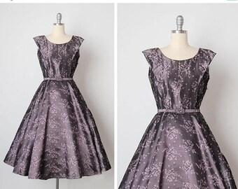 30% OFF SALE vintage 1950s dress / embroidered dress / 50s floral dress / Lilac Fields dress