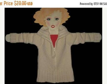 15 % off Vintage 80s Mint Winter White  Gap Wool Zip Sweater