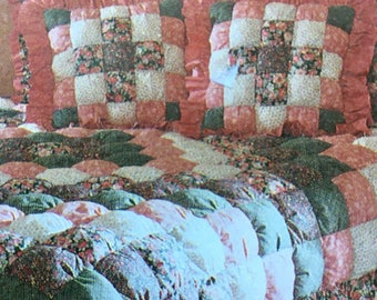 Biscuit Quilt Sewing Pattern includes Shams Bedskirt (Dust Ruffle) Throw Pillows Pattern McCalls 7164 UNCUT