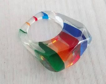 Vintage Striped Lucite Ring, Rainbow Stripes, Multi Color Lucite Chunk Ring, US Size 7.25, Casual Fun Jewelry, Summer Accessory