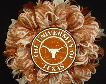 ON SALE College Teams, Texas Longhorns, Poly Mesh Wreath, College Football, Mesh Supplies (1093)