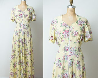 1940s Floral Dressing Gown / 40s Seersucker Dress
