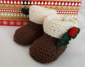 Baby Knitting Patterns Christmas Pudding Booties-  Instant Download PDF - Baby Girls or Boys Festive Boots in 3 Sizes - Easy Knit