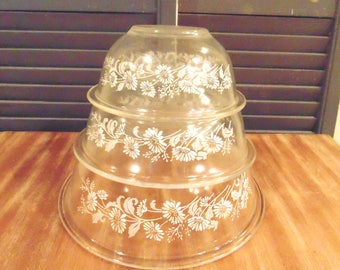 Vintage Colonial Mist Clear Pyrex Mixing Bowls