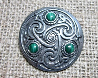 Green Malachite Celtic knotwork shield brooch - chunky pewter with triquetras dark green stone