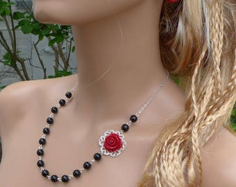 Red Rose Flower Black beadedl Necklace,Rose Drop Earrings,Botanical Flower Necklace,Bridal/Bridesmaid Red Rose black  Necklace/Earrings