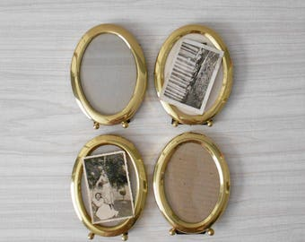 single small standing solid brass oval picture frame // 3 1/2 x 5