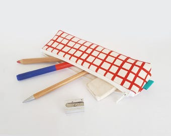 Pencil cases, FREE SHIPPING , Olula, Pencil bag with zipper, Pencil pouch, Makeup bag, Small pouch, Zipper pouch, Handprinted Olula.