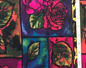FABRIC YARD GOODS Heavy Rayon Bright Flowers in Geometric Pattern 2 1/3 yard X 48 inches