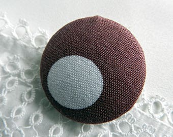 Fabric button pink polka dots, 32 mm in diameter