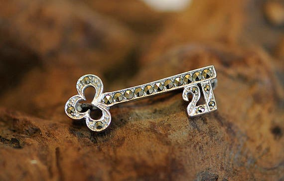 "Vintage Marcasite Pin / Brooch In Shape Of Key & ""21"" Symbol For 21st Birthday"