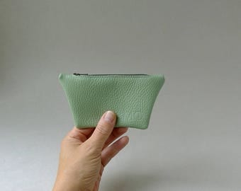 Mini pouch / card holder / coin purse - linden green leather & olive green zipper