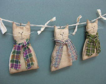 Primitive Cats Garland  - Set of 3 - Grungy Muslin Fabric - Country Primitive Garland - Stuffed Animal Home Decor - Cats w/ Homespun Scarves