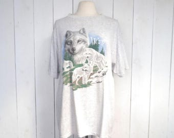 34% Off Sale - White Wolf Tshirt Early 90s Woodland Light Heater Gray Graphic Print Vintage Tee Large XL