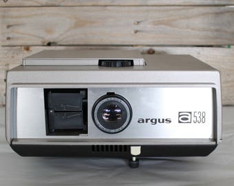 Argus Slide Projector A538 4inch F 3.5 Great Vintage Condition, Works!