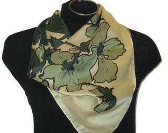 60s Green ScarfLeaf Scarf 1960s Square Scarf Made in Italy Light Green Leaves Dark Green Large Square Kerchief Square Neckerchief