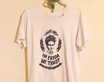 FRIDA WE TRUST t shirt