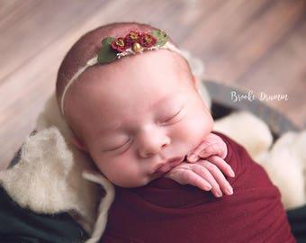Newborn Christmas Headband, Newborn Christmas prop, Baby Christmas headband, Christmas yarn tieback