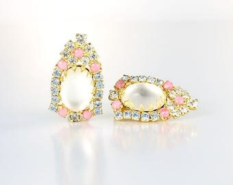 Pastel Rhinestone Hobe Earrings, Ear Climber Frosted glass, Blue Pink Cats Eye 1960s jewelry
