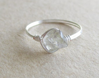 Labradorite gemstone chip bead wire wrapped ring - size 5