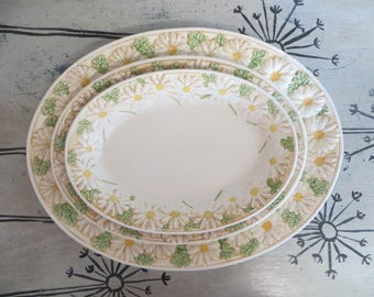 Vintage Metlox Poppytrail Serving Platters Serving Plates Daisy Made in Calif Springtime