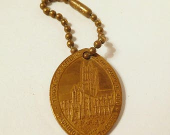 National Cathedral Washington DC - Church of St. Peter and St. Paul - Vintage Metal Token Keychain Key Ring