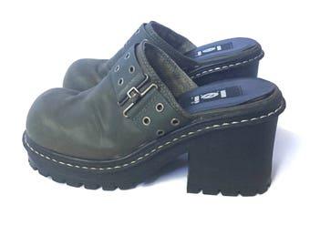 90s Chunky Platform Lug Sole Mules Clogs Womens Sz 8