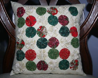 Christmas 36 Yo-Yo's or Rosette Decorative Accent Pillow Handmade Original Design Red Green Cream Ivory Gold Colors