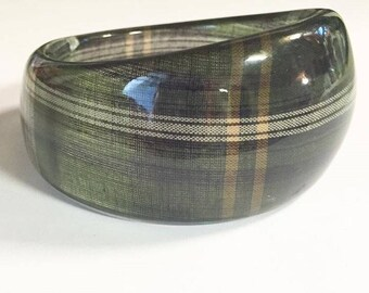 Vintage Green Chunky Lucite Plaid Pattern Bangle Bracelet