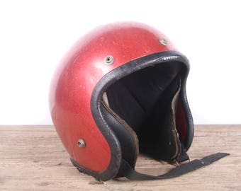 Vintage Red Motorcycle Helmet / Old Motorcycle Helmet / 1970s/80s Motorcycle Decor / Racing Helmet Vintage Helmet / Red Metallic Helmet