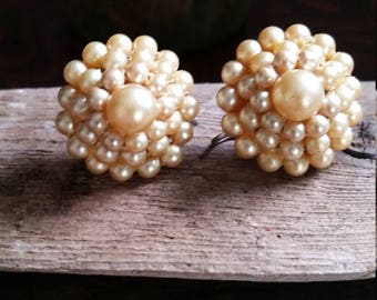 Early 30's Pearl Bead Screwback Earrings