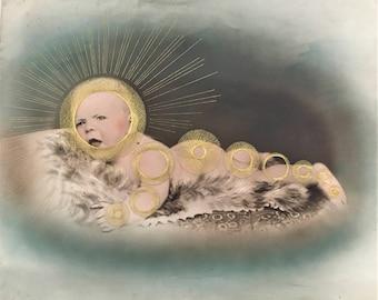 antique portrait bébé  recolorisé brodée au fil doré