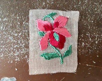 Antique silk appliqué flower pink embroidered patch 1930s original unused on gauze vintage sewing supply bohemian Art Deco