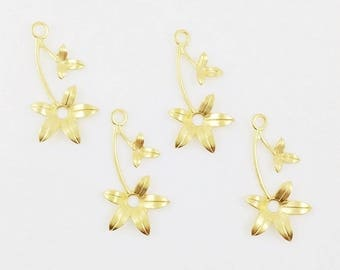 Gold Flower, Wedding Headpiece Supply, Right Facing Flower, Brass Leaf Stamping, Flower Charm, Charm Drop, 16mm x 30mm - 4 pcs. (gd340)