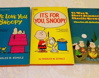 Vintage Peanuts Charlie Brown Books Charles Schultz Snoopy Books Collection of 3 Paperback 1970's