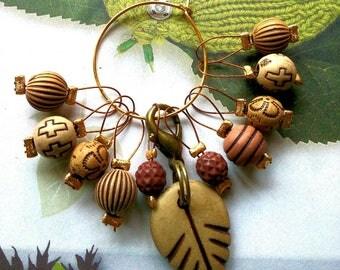 10 Knitting stitch markers tribal leaf