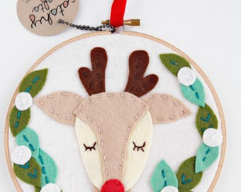 Rudolph the Red Nosed Reindeer / Christmas Decor / Embroidery Hoop Art / Holiday Decoration / Felt Laurel with Berries /  Deer with Antlers